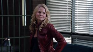 1x22 Emma Swan sourire cellule poste du shérif