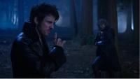 5x10 Killian Jones Capitaine Crochet Ténébreux Rumplestiltskin voix esprit refus coeur Emma mensonges Sort noir