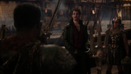 4x15 Killian Jones Capitaine Crochet Poséidon garde Jolly Roger demande coquillage voix Ursula voyage