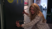 3x11 Emma Swan appartement New York agression porte