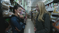 4x05 Lily Page Emma Swan rencontre rayon supermarché carte visa de crédit