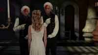 W1x11 Anastasia reine rouge mariage préparation rencontre tweedles serviteurs nom