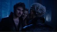 5x10 Emma Dark Swan Killian Jones Capitaine Crochet Rumplestiltskin esprit voix retrouvailles glaciales ténébres vengeance vérité Excalibur mensonges