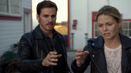 6x03 Killian Jones Emma Swan main tremble problème magie port fuite Ashley