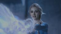4x02 Elsa magie cryokinésie caverne grotte de glace