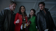 5x05 maison Swan attrape-rêves souvenirs salon Belle French Regina Mills Robin (Storybrooke) Killian Jones Crochet