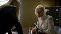 4x07 Emma Swan Ingrid Reine des Glaces bureau du shérif tentative déstabilisation débat famille sang ressemblance vécu