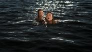 3x06 Ariel sirène Blanche-Neige sauvetage noyade rencontre