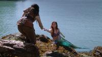 3x06 Blanche-Neige Ariel sirène invitation bal Sous l'Océan
