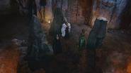 4x12 Mont Chauve grotte caverne Maléfique Cruella d'Enfer Ursula