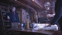 5x15 Hadès apparition éclair blanc cabin du capitaine navire bateau vaisseau Liam Jones main compas carte marine