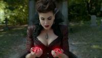 6x07 Méchante Reine dissociée cœurs enchantés partagés David Nolan Mary Margaret Blanchard cimetière de Storybrooke