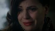 5x05 Regina Mills pleurs larmes visage moue désolation tristesse