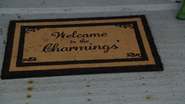 6x22 Welcome to the Charming's tapis