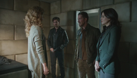 5x01 Zelena Killian Jones Robin Regina Mills aide cellule sous-sol asile hôpital psychiatrique de Storybrooke