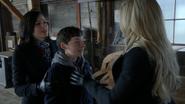 Regina Henry Emma briser Sort noir baiser hangar 3x19