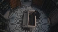 2x09 Cora Méchante Reine Regina cercueil crypte mausolée enterrement cérémonie entretien privé adieux