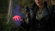 6x02 Reine Regina Sérum apparaître violet coeur enchantée collier de Regina tenue grise