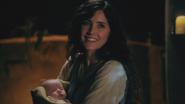 2x14 Baelfire bébé Milah présentation prénom sourire