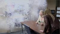 4x07 poste de police mur magie détruit Emma Swan Ingrid Reine des Glaces