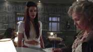 1x15 Ruby Granny Café dispute