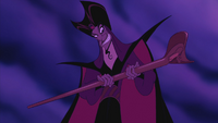 Aladdin (Disney) 1992 Jafar bâton serpent sorcier sourire humiliation