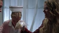 Emma Whale 1x22