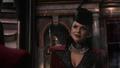 2x20 Méchante Reine Regina miroir sourire surnom