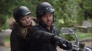 1x20 Emma Swan August Booth moto