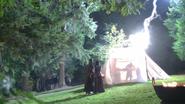 205 Forêt Regina Jefferson Rumplestiltskin Dr Frankenstein réssucite Daniel échoue tente nuit