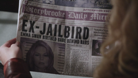 1x08 Storybrooke Daily Mirror page une édition du soir jeudi 24 novembre 2011 Ex-Jailbird Emma Swan Birthed Babe Behind Bars