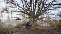 1x13 Puits à souhaits Emma Swan August Booth moto