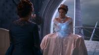 2x02 Regina immobilisée Cora dos palais sombre
