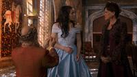 1x18 Roi Leopold dos jeune Reine Regina Cora demande en mariage fiançailles acceptées décision approbation
