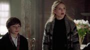 Shot 2x10 Emma überrascht