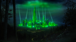 1000px-316OzEmeraldCity (2)