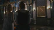 4x08 Elsa Anna couloir château peinture table couple royal Roi et Reine Gerda d'Arendelle