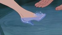 Cendrillon (Disney) 1950 pied pantoufle soulier de verre mini