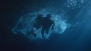 3x06 Ariel Petite Sirène Blanche-Neige plongée nage sauvetage fuite échappée