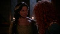 5x09 Reine Elinor refus céder couronne Lord Macintosh