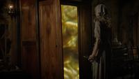 6x03 Cendrillon clé pays des Histoires Secrètes portail magique armoire chambre manoir Trémaine