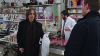 1x12 M. Gold achats torture Moe French M. Clark David Nolan Dark Star Pharmacy