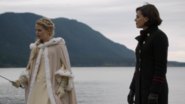 6x10 Emma Swan cygne blanc Regina Mills lac Royaume Enchanté discussion épée destin combat souffrance