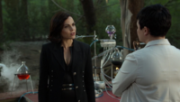 6x03 Regina Mills Mary Margaret Blanchard laboratoire dirigeable discussion plan Méchante Reine