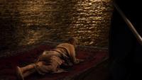 W1x07 Sultan tapis volant Jafar sauvé mort donjon père vieux prisonnier