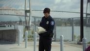 7x01 Officier Rogers Seattle livre de contes
