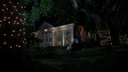 6x01 mairie de Storybrooke discussion conversation Mary Margaret Blanchard Regina Mills mort Robin rancœur Zelena