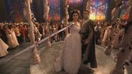 1x01 Blanche-Neige épée Prince David Charmant mariage