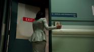 4x01 Regina Mills entre hôpital psychiatrique 108