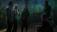 3x07 Emma Neal Crochet Killian Jones David Mary Margaret capture ombre mission